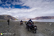 prepairing-motorcycle-for-ladakh